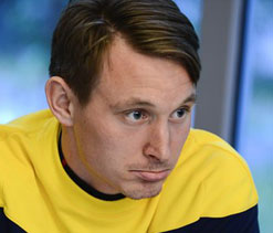 Arsenal new boy Kallstrom out for a month