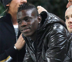 Balotelli acknowledges paternity of daughter