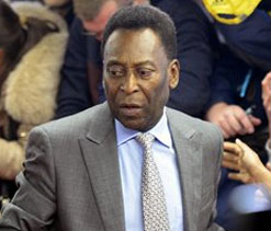 Pele saddened by World Cup delays in Brazil
