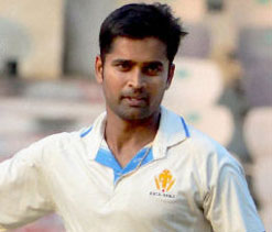 Vinay scalps six to restrict Rest of India