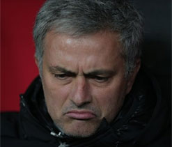 Chelsea not favourites for title, says Mourinho