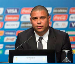 Ronaldo, Romario in World Cup spat over free tickets