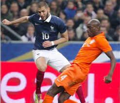 First-half burst helps France see off Dutch