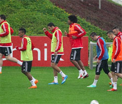 Full-strength Bayern tune up for Arsenal