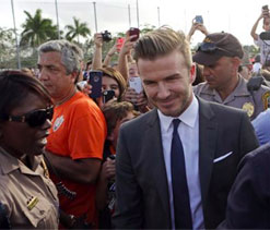 Beckham pleases fans in Rio