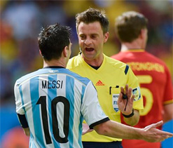 Italian official Rizzoli to ref World Cup final