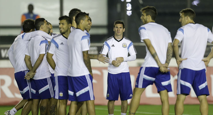 Argentina need `perfect`match to beat Germans